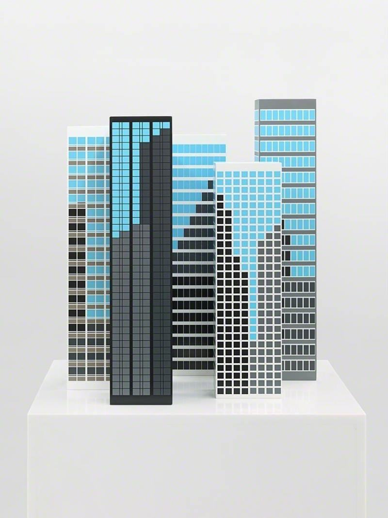 Julian Opie Skulptur Kunstwerk Modern Towers aus der Serie Office Windows.